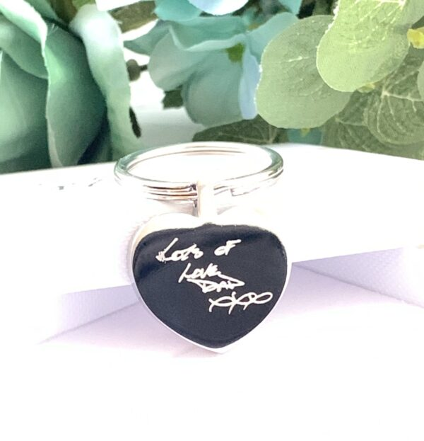Heart Keychain, own handwriting, inscribed writing, engraved writing, memorial keychain, gifts for her, grandparents, meanigful, engraved keyring, memories, memorial, birthdays